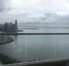 Alquiler de apartamento en edificio Rivage tower