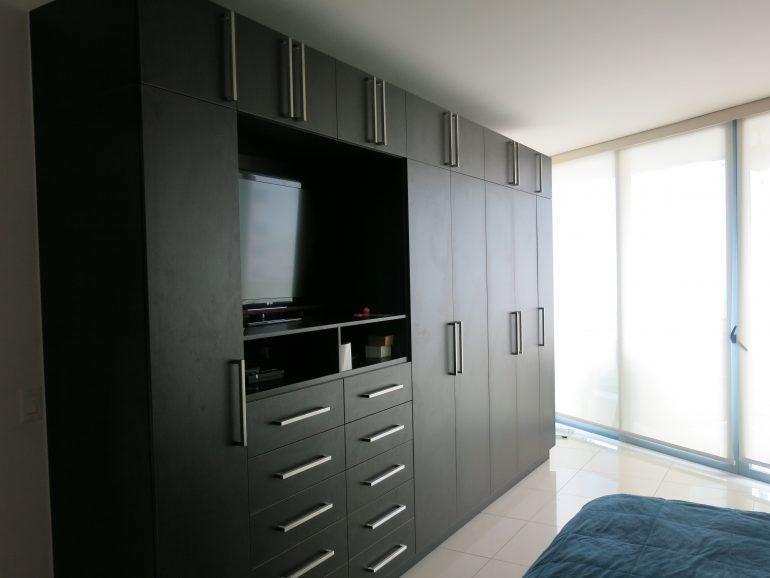 allure-closet