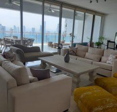 Venta de apartamento en P.H Aqualina